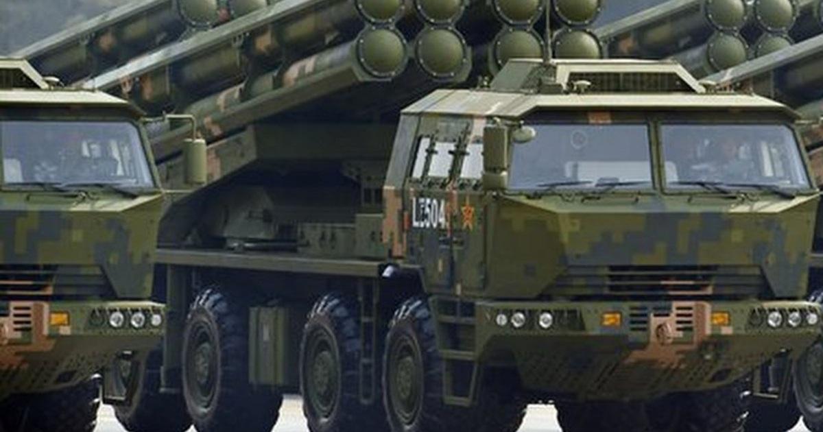 Trung Quốc điều pháo phản lực tầm xa đến sát Ấn Độ