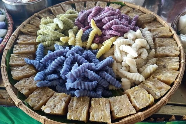 Rực rỡ sắc màu bánh dân gian Nam Bộ hội tụ ở tỉnh cực Nam Tổ quốc - 5