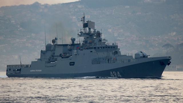 20 tàu chiến, máy bay chiến đấu Nga rầm rộ kéo đến Biển Đen - 1