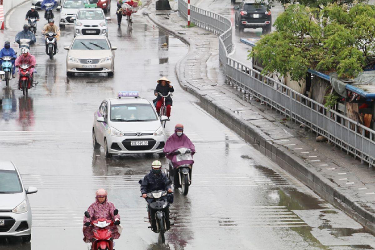 Tây Bắc Bộ, Bắc Trung Bộ mưa dông, nguy cơ lũ quét ở miền núi