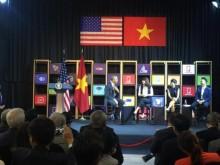 Tổng thống Obama giao lưu với doanh nghiệp Việt