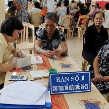 tang tuoi nghi huu khong phai de nguoi duong chuc o lai lam viec