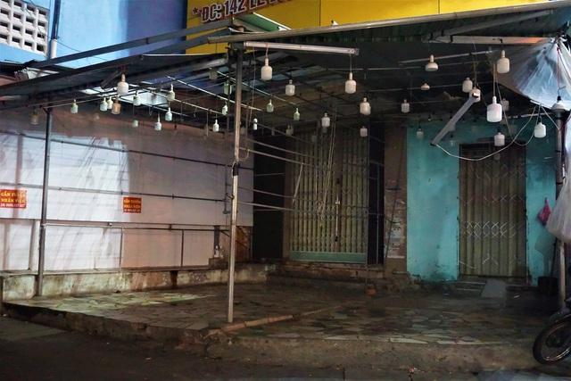 Karaoke, vũ trường cửa đóng then cài phòng, chống dịch Covid-19 - 11