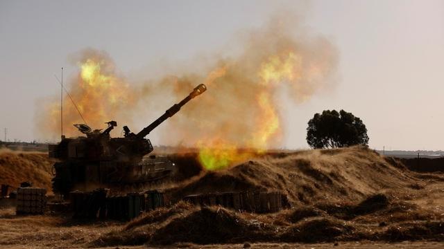 Gaza chìm trong khói lửa, Israel mở rộng chiến dịch quân sự trên bộ - 1