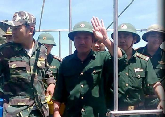 vu may bay su 30mk2 phi cong duoc cuu ke lai phut lam nguy