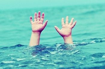 Quảng Bình: Ba chị em ruột đuối nước khi tắm sông