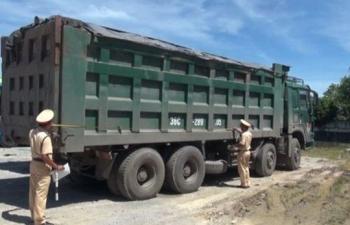 xe khong giay phep cho qua tai trong cho phep hon 450