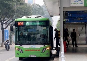 Xe buýt Hà Nội khó tăng thị phần vì cạnh tranh của xe công nghệ