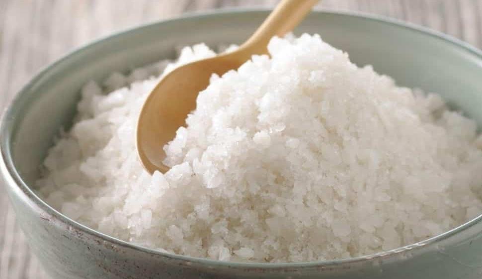 Bộ Y tế kêu gọi bớt muối trong khẩu phần để giảm nguy cơ tim mạch, ung thư