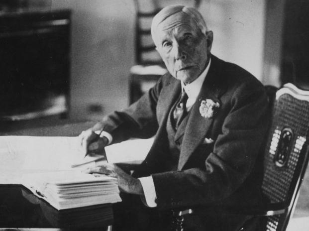 """5 bài học thành công từ """"ông trùm"""" dầu mỏ Rockefeller"""
