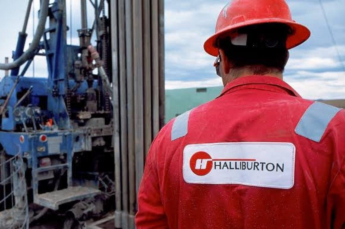 """Halliburton dự đoán """"chu kỳ tăng nhiều năm"""" trong dịch vụ mỏ dầu"""