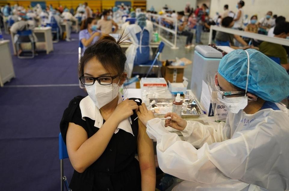 Phân bổ gần 4,9 triệu liều vắc-xin phòng Covid-19 cho 19 tỉnh, thành phía Nam