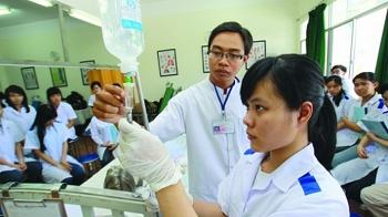 ĐH Y khoa Phạm Ngọc Thạch có hai mức điểm trúng tuyển