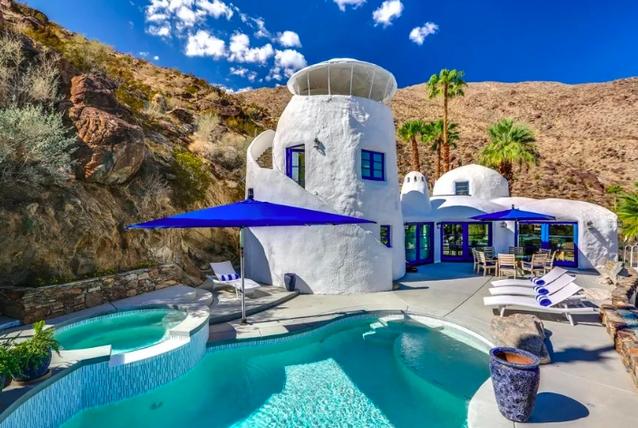 Chiêm ngưỡng căn nhà triệu USD mang phong cách Santorini