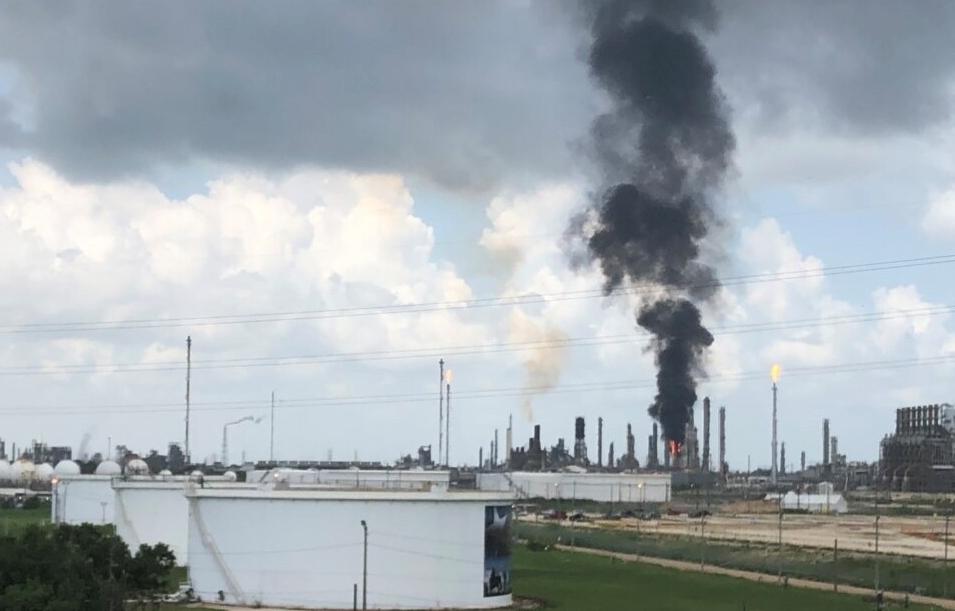 Hoa Kỳ: Các công ty dầu khí tìm cách sản xuất nhiên liệu tái tạo