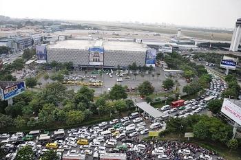 Lập bãi đỗ xe taxi để giảm ùn tắc giao thông sân bay Tân Sơn Nhất