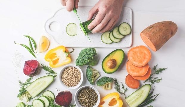 4 nguyên tắc phòng ngừa ung thư thực quản từ mâm cơm hàng ngày