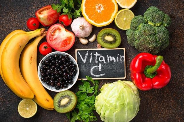 vitamin-c-tot-nhung-thua-thanh-gay-hai