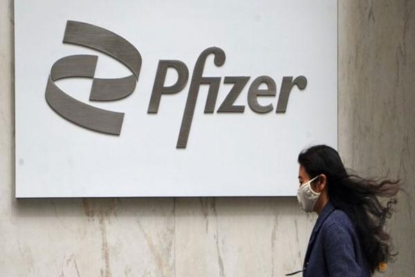 Pfizer và Merck tiếp tục thử nghiệm thuốc viên điều trị Covid-19