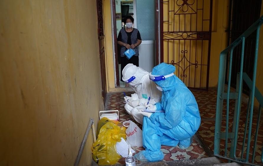 Hà Nội: Lấy mẫu xét nghiệm cho hơn 900 trường hợp ở Thanh Xuân Nam