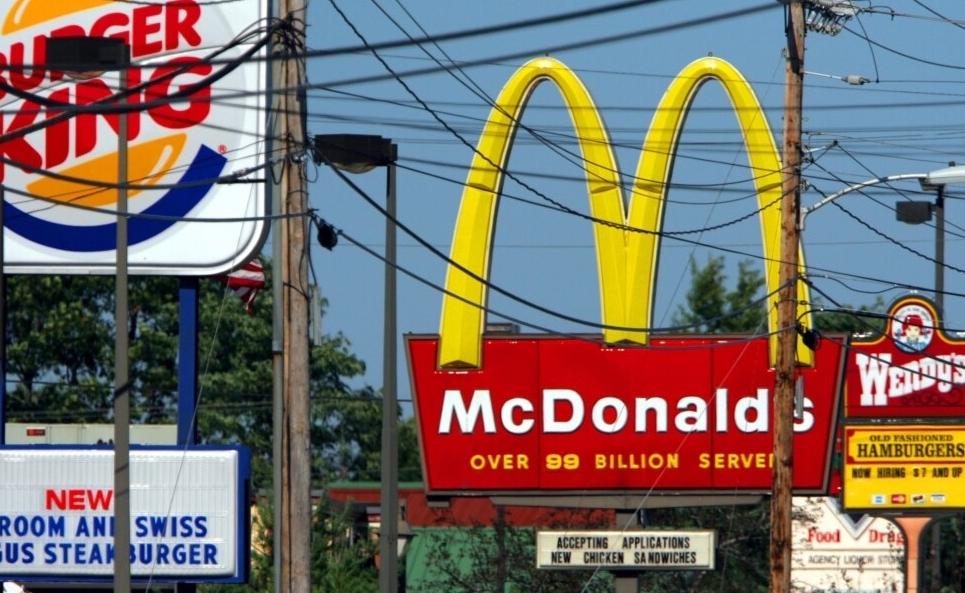 """Mỹ: Liệu có """"quản"""" được chế độ ăn của người dân?"""