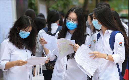 Loạt trường đại học công bố điểm chuẩn 2021