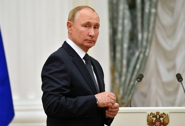 Ông Putin nói hàng chục cấp dưới thân cận mắc Covid-19