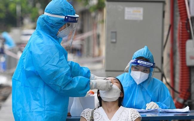 Hà Nội: Lấy mẫu xét nghiệm 100% đối tượng có triệu chứng nghi ngờ Covid-19