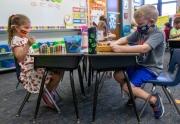 Pfizer tuyên bố vắc xin Covid-19 hiệu quả và an toàn với trẻ 5-11 tuổi