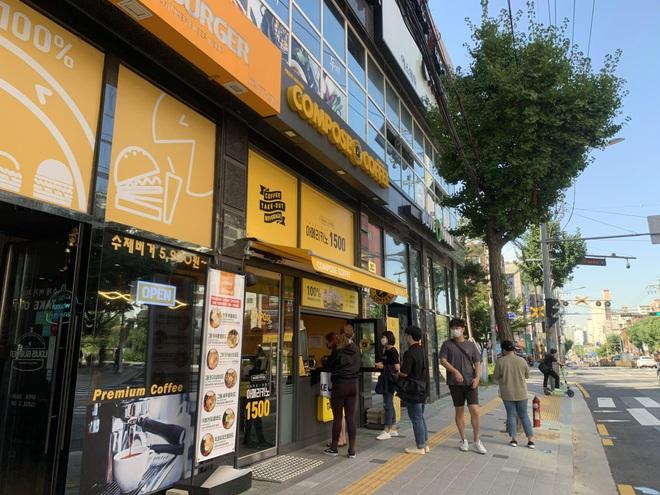 Người Việt tại Hàn Quốc học cách sống chung an toàn với Covid-19 - 3
