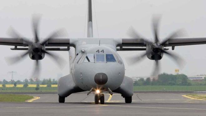 Ấn Độ chi số tiền khủng mua 56 máy bay vận tải của Airbus - 1