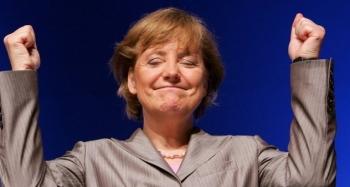 """Nước Đức tạm biệt """"tượng đài Angela Merkel"""""""