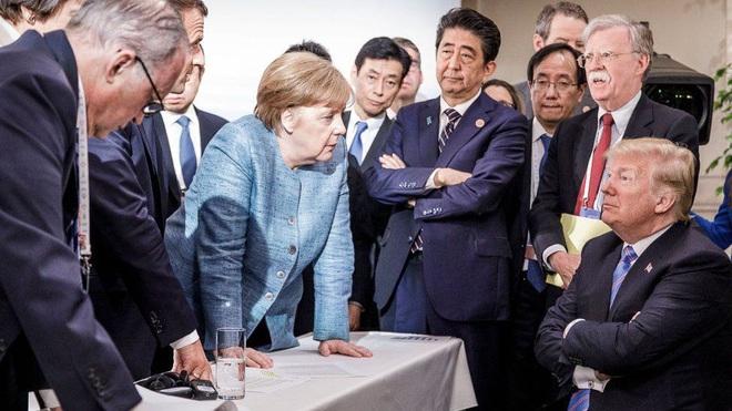 Nước Đức tạm biệt tượng đài Angela Merkel - 4