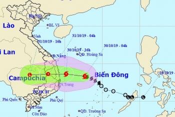 Bão số 5 hướng vào các tỉnh Quảng Ngãi - Ninh Thuận