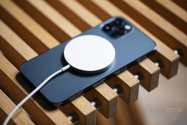 Phụ kiện độc của iPhone 12 có thể dùng được cho một số smartphone Android - 1