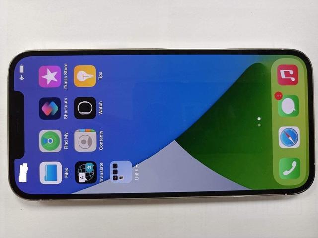 iPhone 12 Pro Max bất ngờ xuất hiện ở Việt Nam trước ngày mở bán - 2