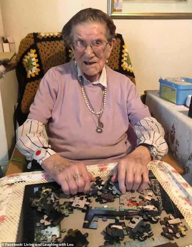 Lá thư của người phụ nữ 107 tuổi giúp vực dậy tinh thần - 2