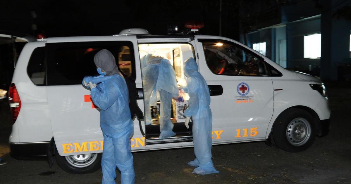 12 quận huyện có người tiếp xúc với chuyên gia dương tính với SARS-CoV-2