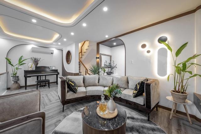 Chàng trai Sài Gòn chi 300 triệu đồng trang trí nhà bằng 50 loại cây độc lạ - 1