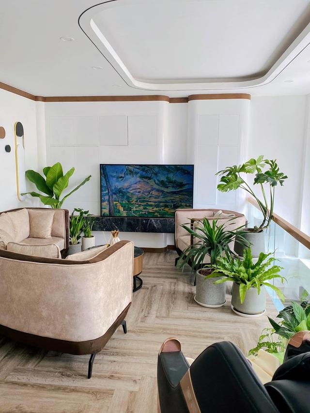 Chàng trai Sài Gòn chi 300 triệu đồng trang trí nhà bằng 50 loại cây độc lạ - 2