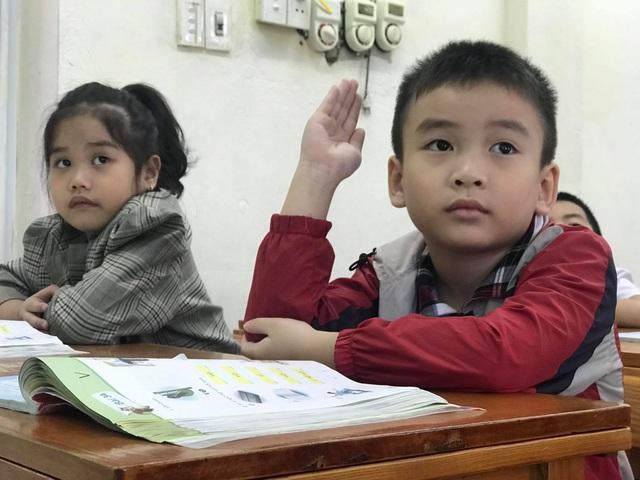 Bộ GDĐT sẽ điều chỉnh 3 điểm quan trọng khi thẩm định sách giáo khoa - 2