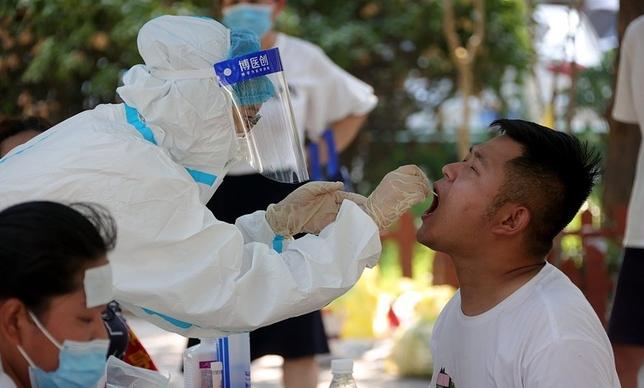 Trung Quốc cảnh báo nguy cơ đại dịch kép vào mùa đông