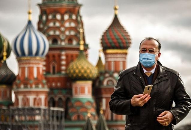Ông Putin cho người dân nghỉ làm một tuần để khống chế Covid-19