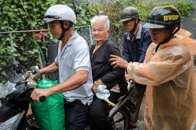 Hơn 4.100 dân ven biển Sài Gòn sơ tán tránh bão Usagi