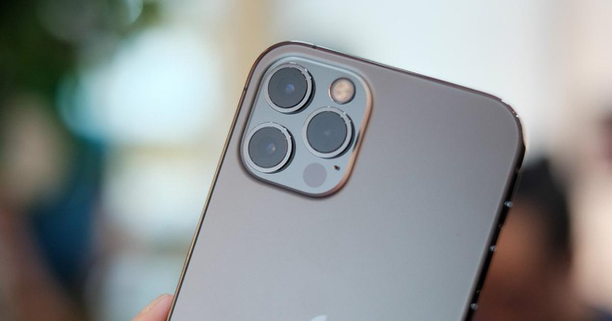 """iPhone 12 xách tay giảm mạnh sau 1 tuần về Việt Nam, mã VN/A """"lên ngôi"""""""