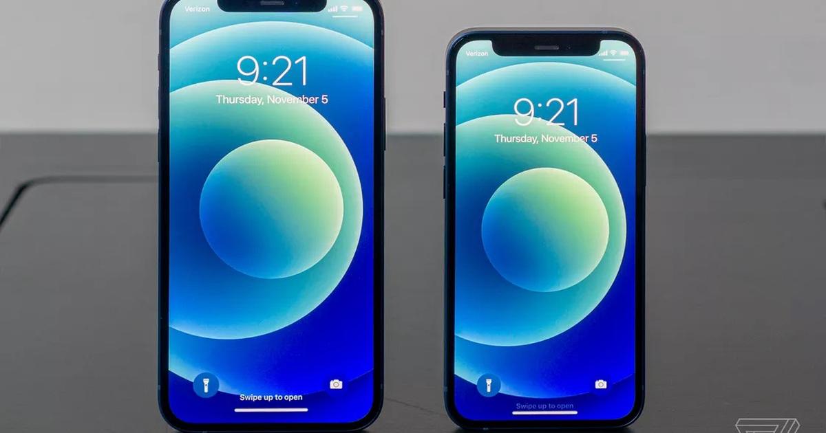 Cận cảnh bộ đôi iPhone 12 mini và 12 Pro Max - Khác biệt lớn về kích cỡ