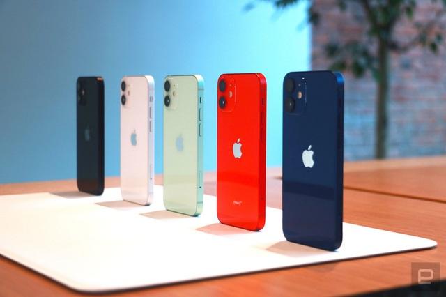 Cận cảnh bộ đôi iPhone 12 mini và 12 Pro Max - Khác biệt lớn về kích cỡ - 8