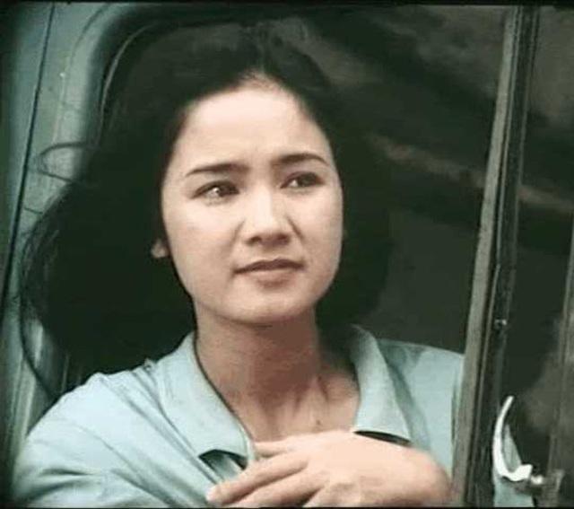 NSND Thu Hà được đồng nghiệp trầm trồ khen biểu tượng nhan sắc Việt - 11