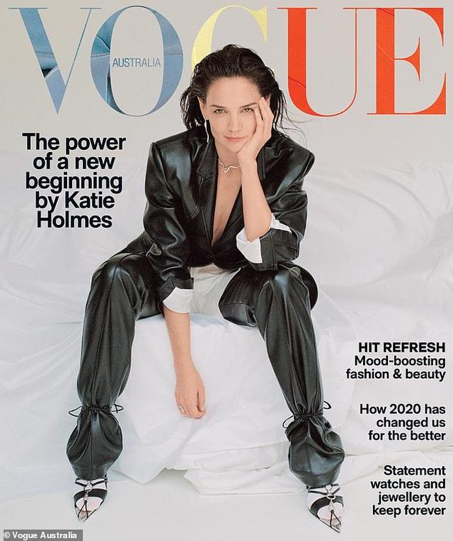 Sau 8 năm ly hôn Tom Cruise, Katie Holmes đã làm mới mình như thế nào? - 1