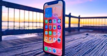 """iPhone 12 mini bị """"hắt hủi"""" ở Việt Nam"""